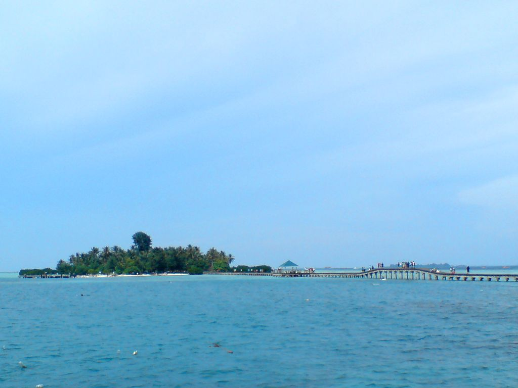 Pulau Tidung Kecil di Kejauhan